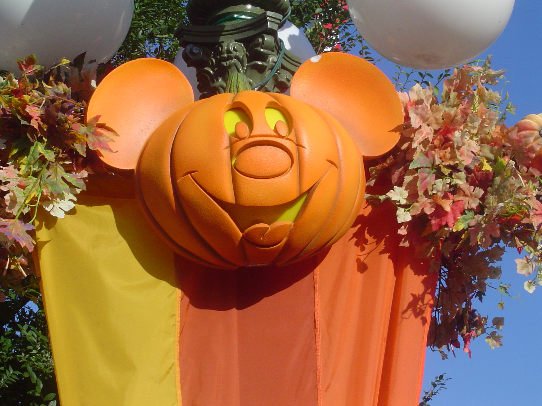 2015 mickey's not-so-scary halloween party, mickey's very merry